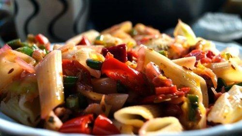 Pasta salade zomers - pastarecept